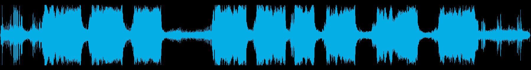 大型ガスチェーンソー:開始、小さな...の再生済みの波形