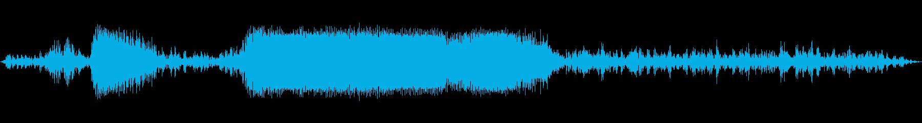 ドラッグスターはスタートラインでタ...の再生済みの波形