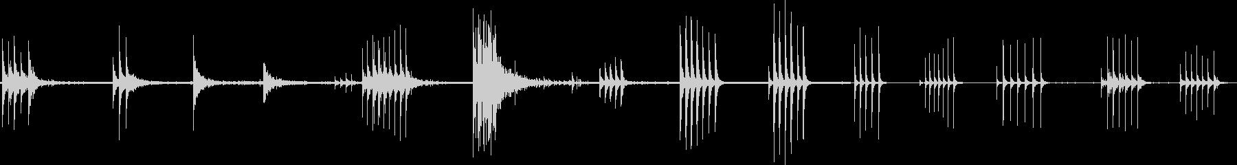 ドアガレージメタルノックプルの未再生の波形