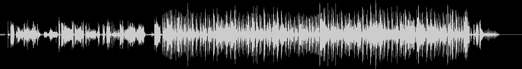 無機質なエレクトロ+ドラムの未再生の波形