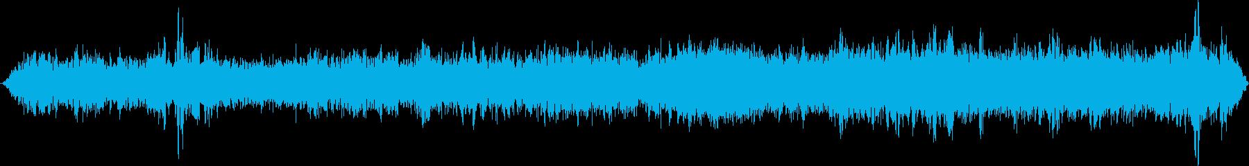 モノレール停車中の再生済みの波形