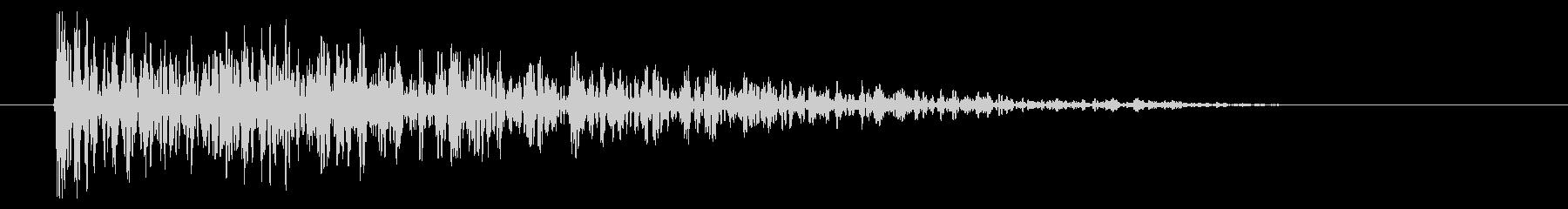 8ビット風爆発音-01-3_dryの未再生の波形