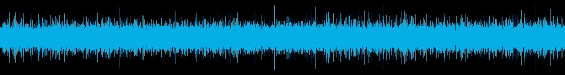 橋の下の浅い川の水音【秋、夜】ループの再生済みの波形