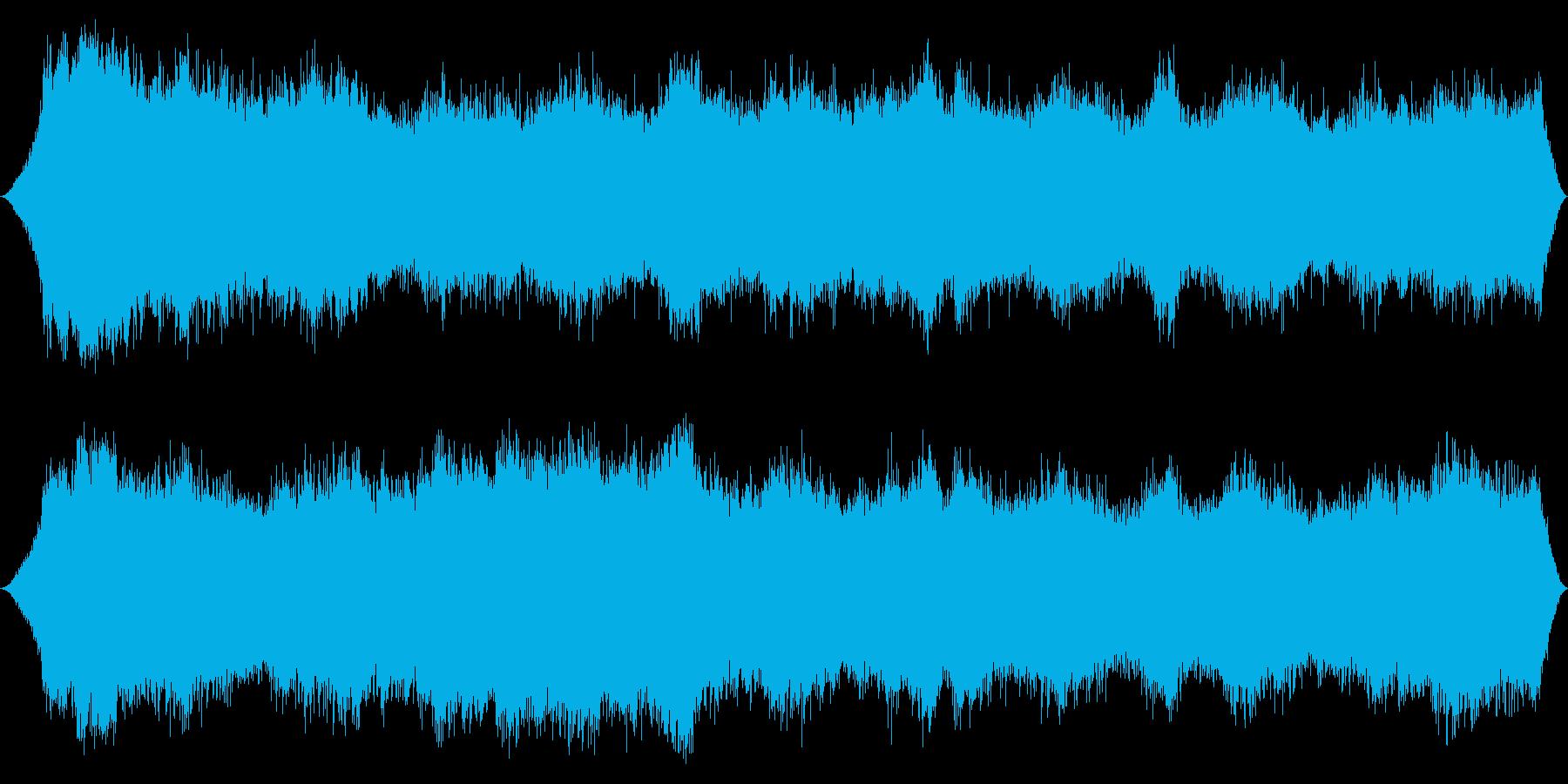 山頂風:低い口histの突風が絶え...の再生済みの波形