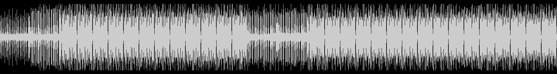 ラジオ番組の後ろで流れそうなEDMの未再生の波形
