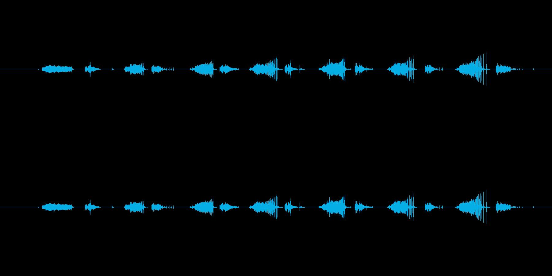 ハンドグリップを握って鍛えてる音の再生済みの波形