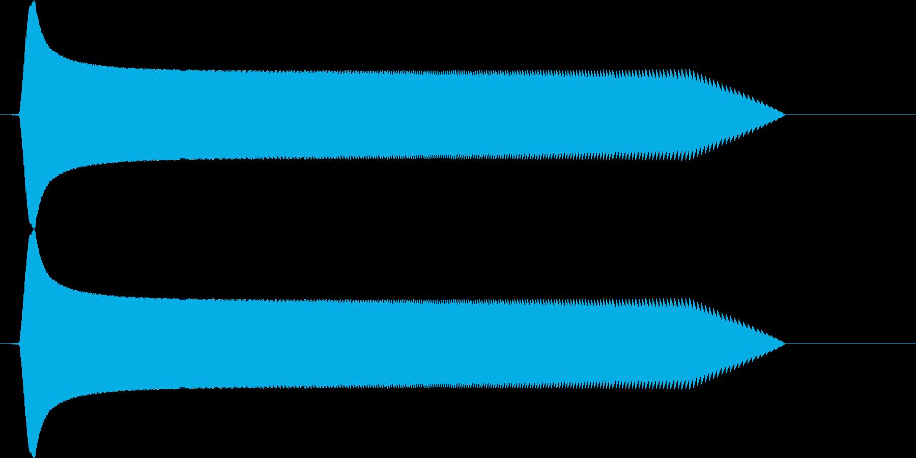 レトロゲームの効果音。下降の再生済みの波形