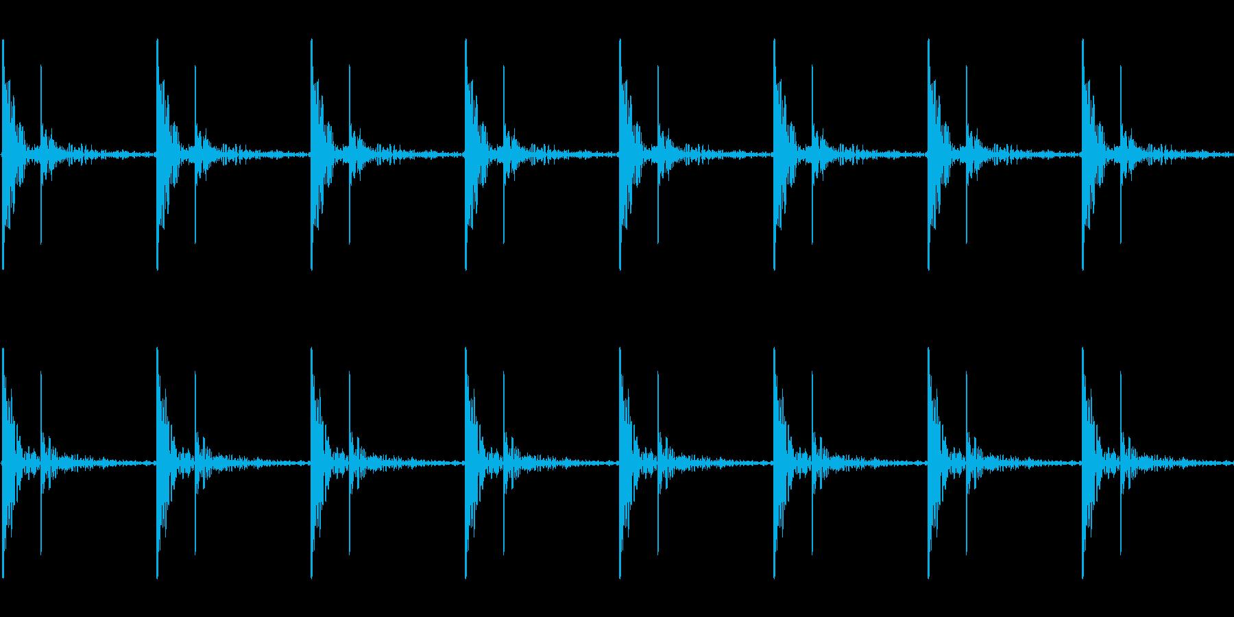 心臓の鼓動_上昇_心拍数48(残響あり)の再生済みの波形
