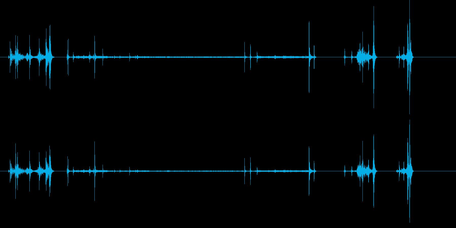 ビデオレコーダー;テープイン/オン...の再生済みの波形