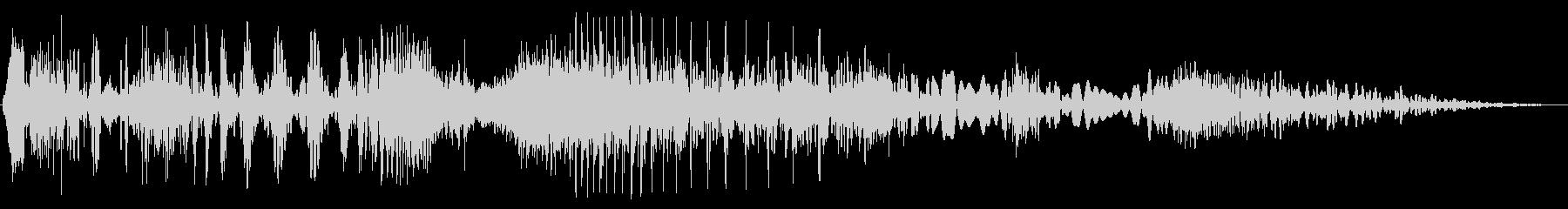 短い歪みノイズの未再生の波形