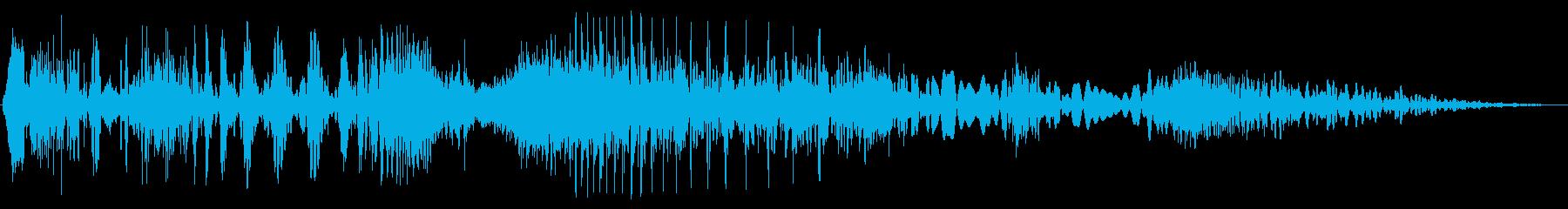 短い歪みノイズの再生済みの波形