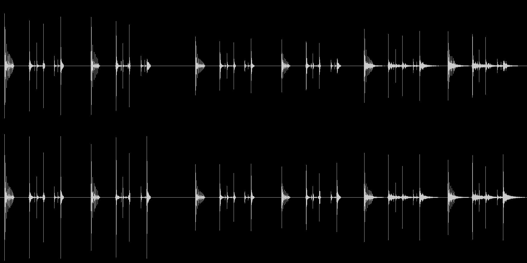 ハッチバウンス、2バージョンX 3...の未再生の波形