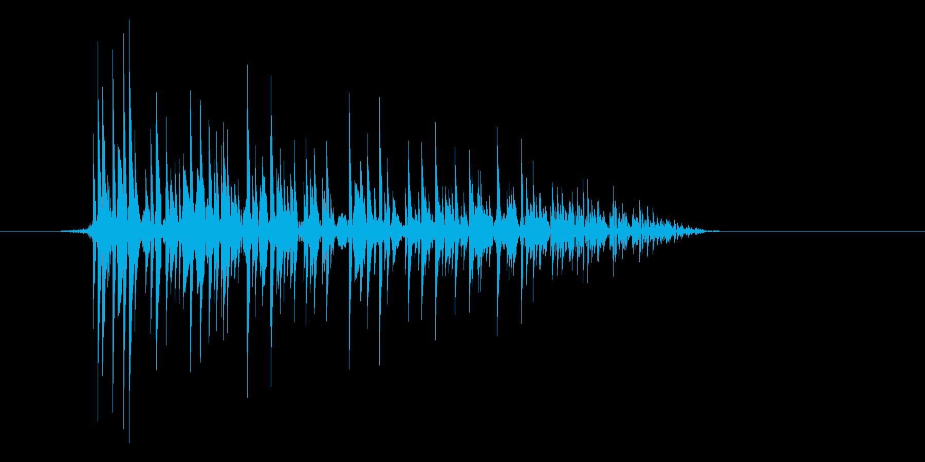ゲーム(ファミコン風)爆発音_023の再生済みの波形