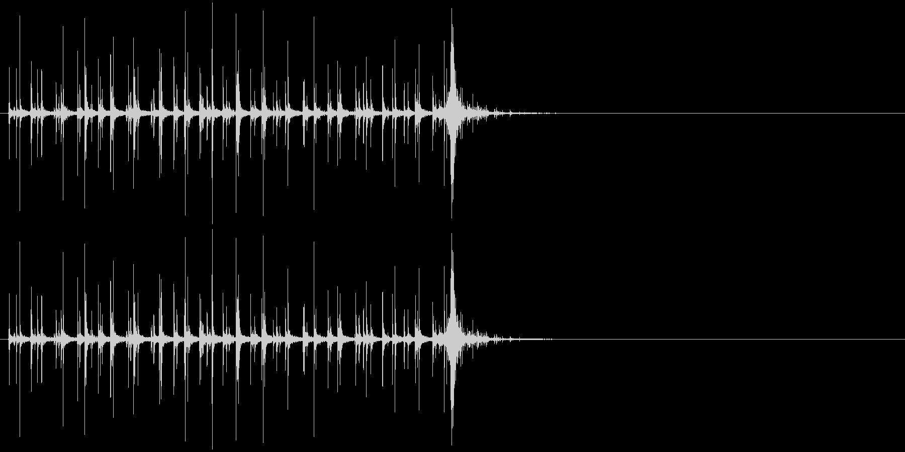 音侍SE「カラカラカラ〜」木製鳴子の音1の未再生の波形