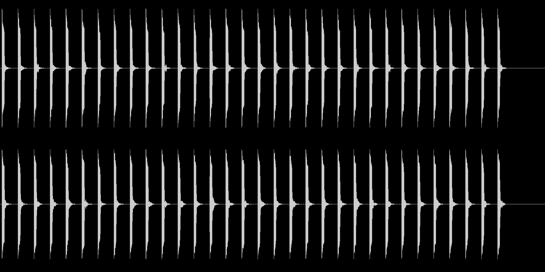 心電図の音-4-4(BPM70)の未再生の波形