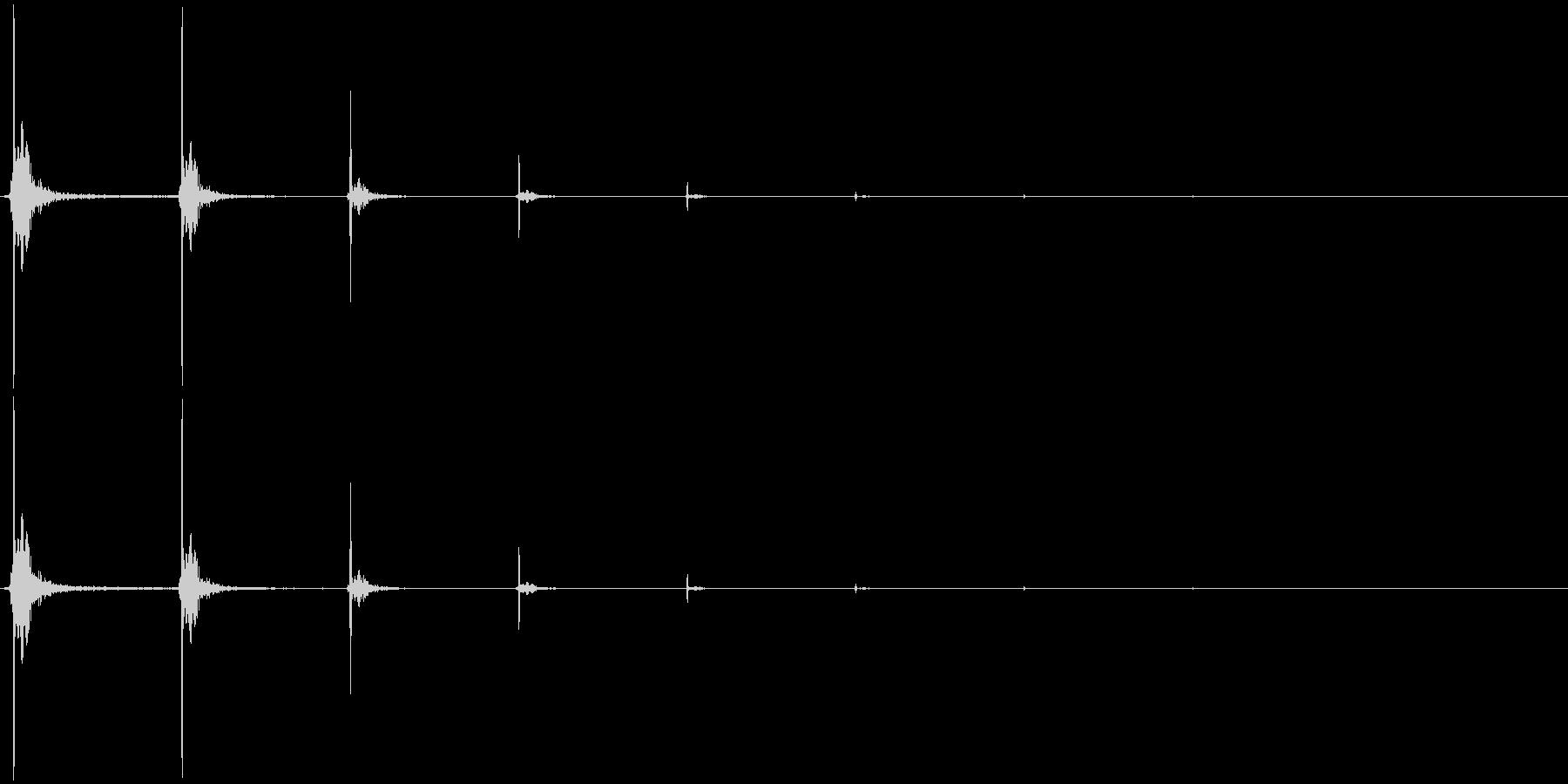 [指パッチン] 単発・音程高・エコー付きの未再生の波形