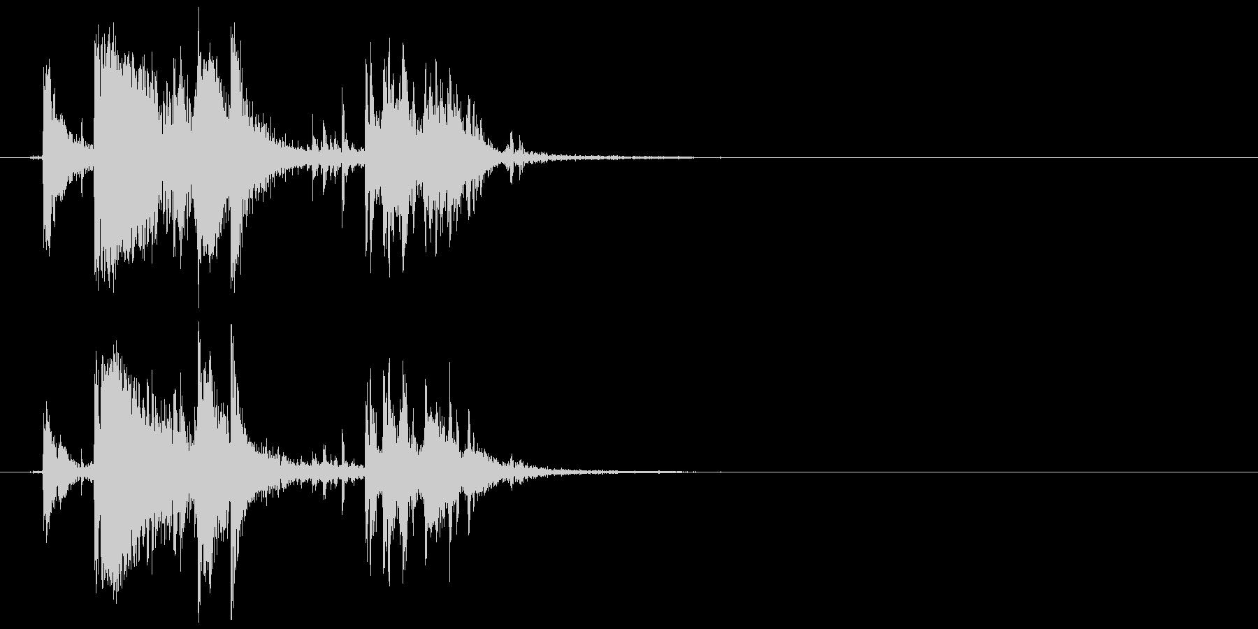 氷 入れる、揺れる等 (キン、カラッ)の未再生の波形