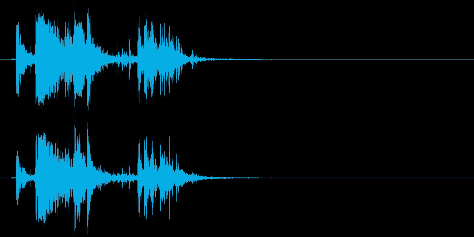 氷 入れる、揺れる等 (キン、カラッ)の再生済みの波形