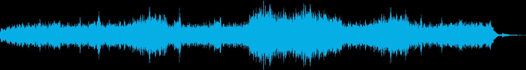 煌びやかで幻想的なピアノソロの再生済みの波形