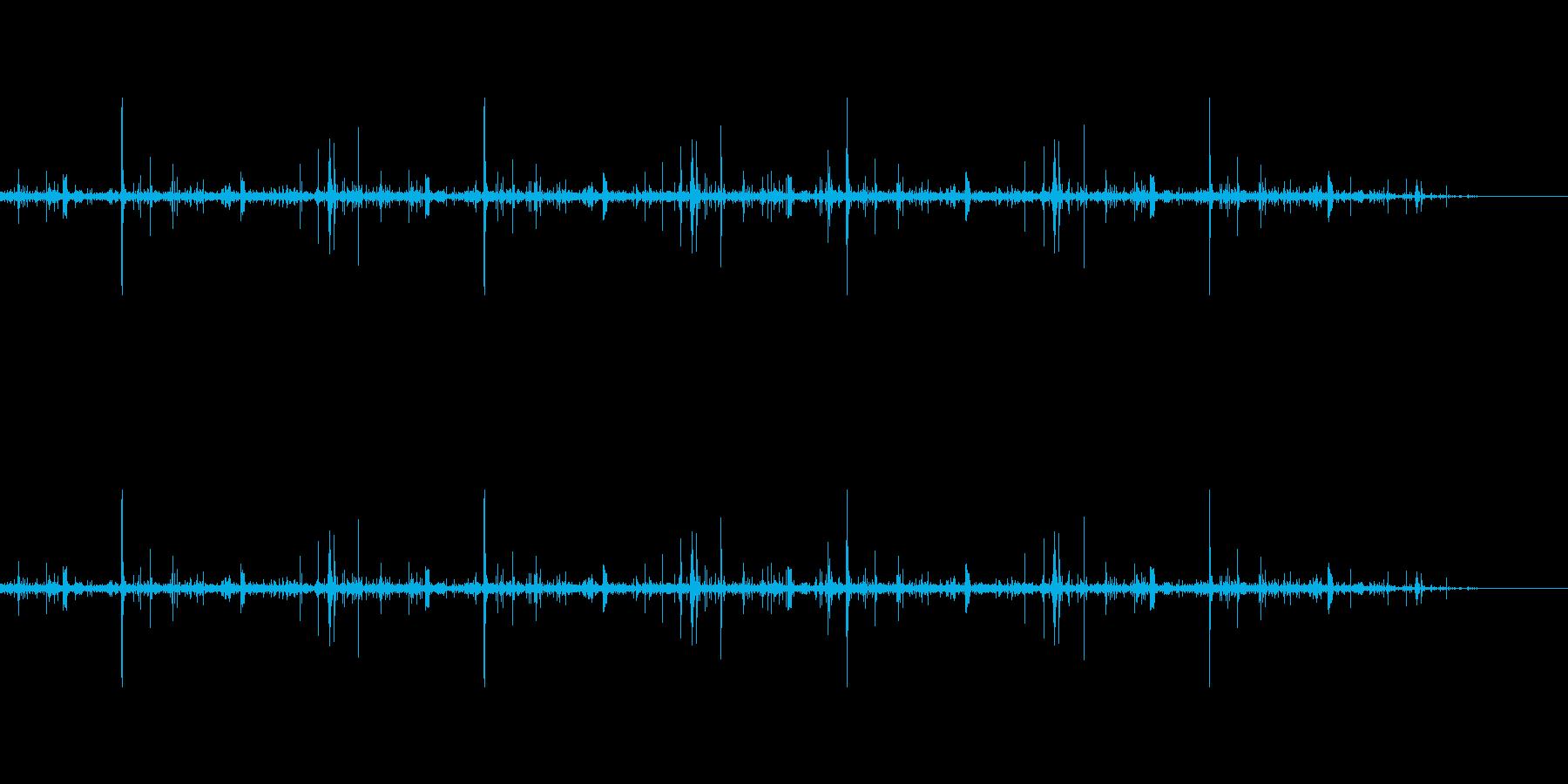 53年前の古いレコードのプチプチ音の再生済みの波形