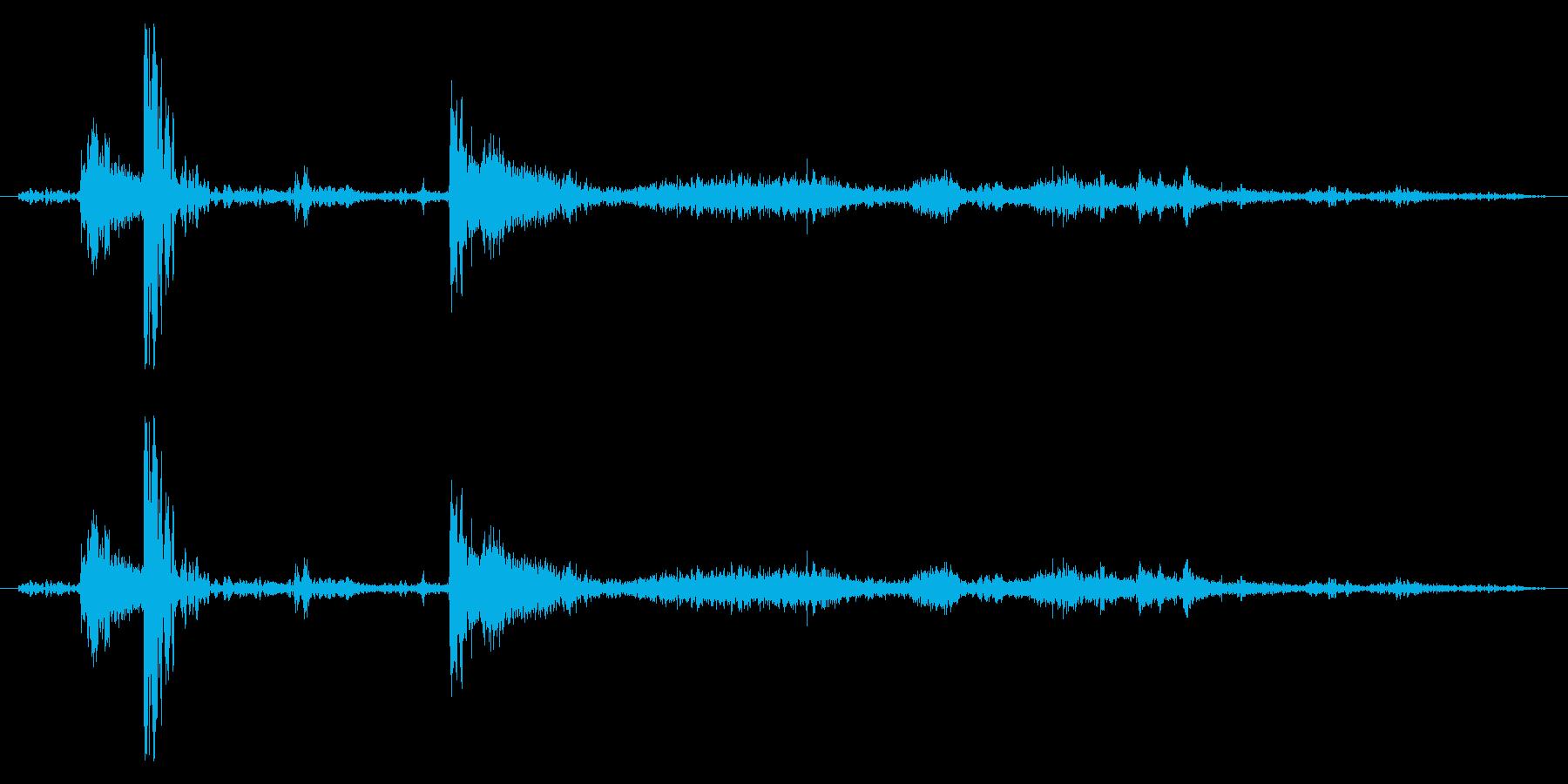 土を掘る/雪かきの効果音 01の再生済みの波形