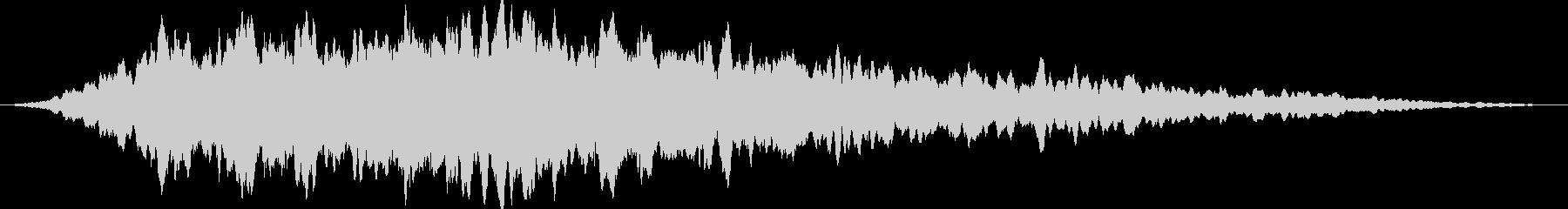 重低音のドローンの未再生の波形