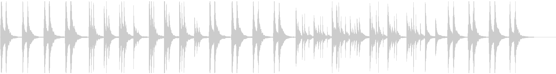 ピアノヒーリング 和風 月夜 紅葉 水面の未再生の波形