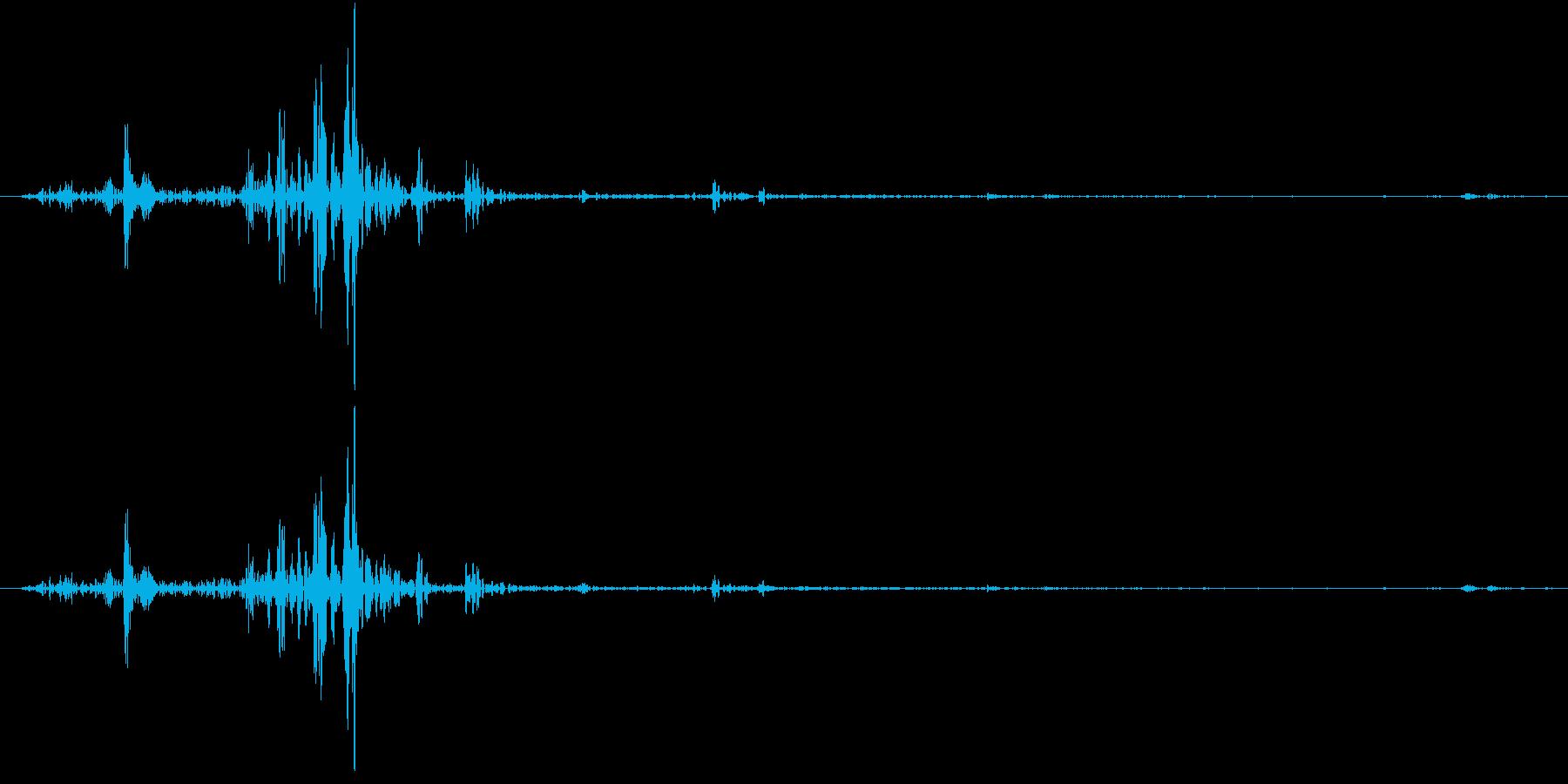 Tap ベチャッとした質感のタップ音 1の再生済みの波形