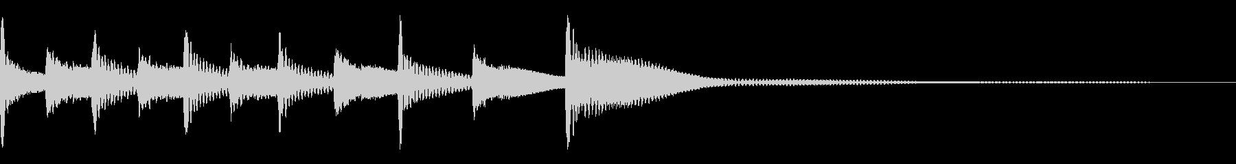 ティンパニを交互に叩く効果音の未再生の波形