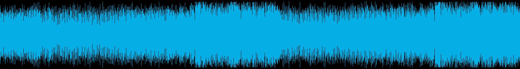低音のビートが効いたテクノサウンドの再生済みの波形