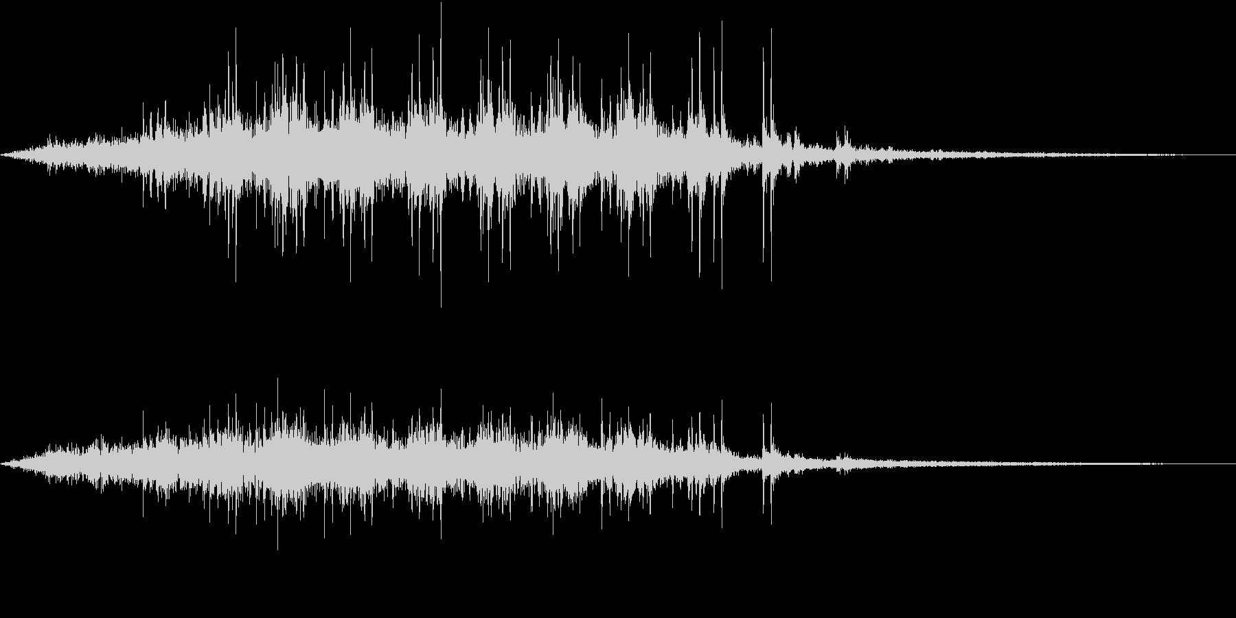 【生録音】電車が通る音 京王線 2の未再生の波形