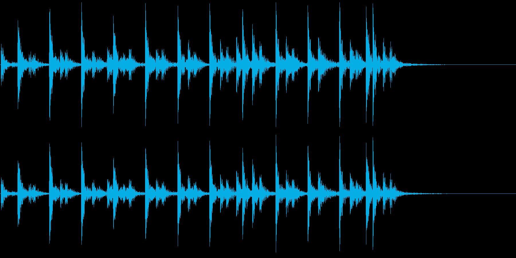低音:グルーヴィージャングルリズム...の再生済みの波形