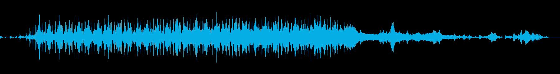 チェロ、ベース、ソフトビート、おも...の再生済みの波形