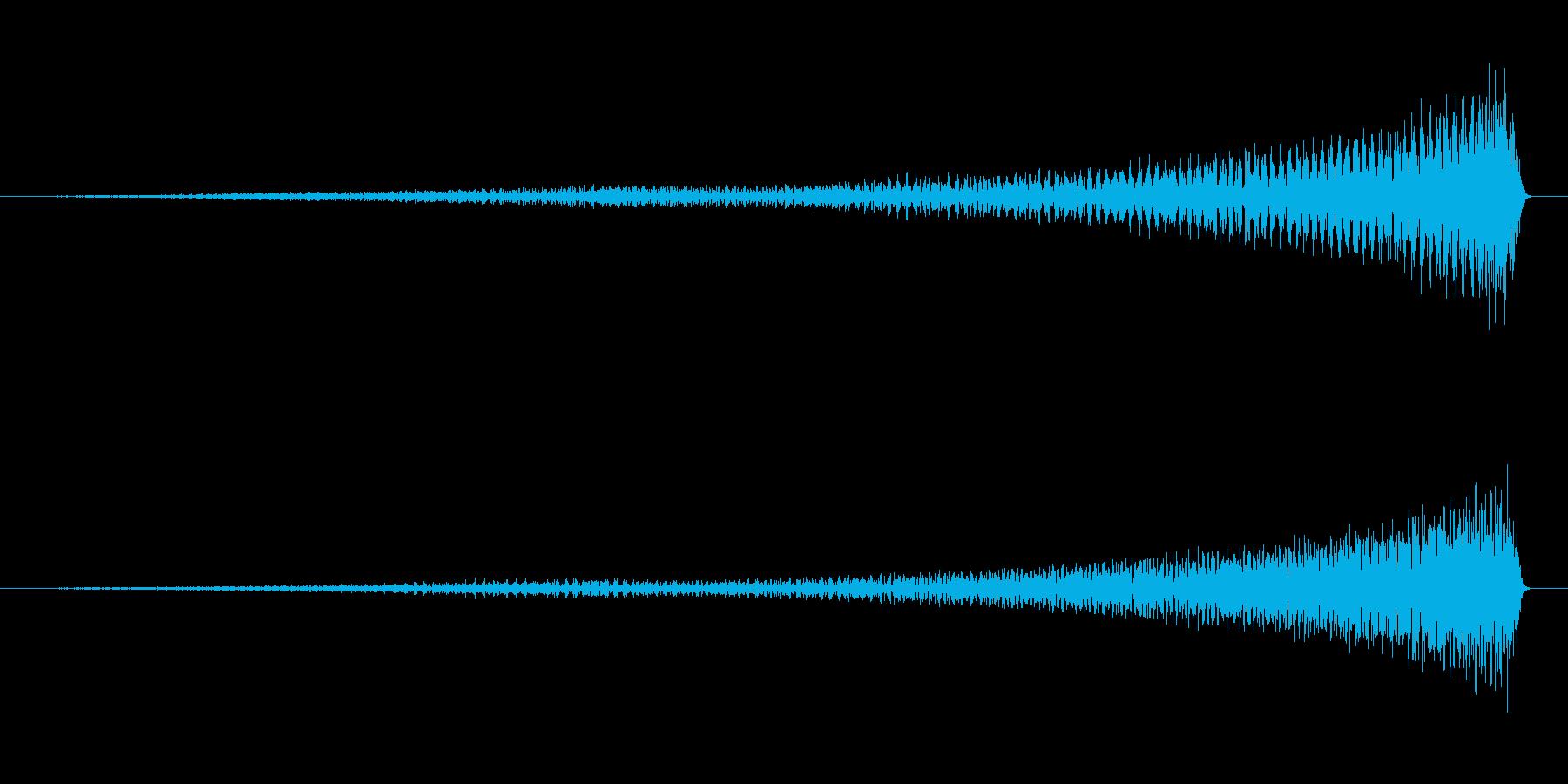 ピアノのワンショット効果音07-リバースの再生済みの波形