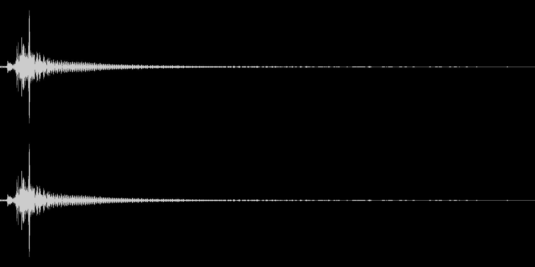 ビンを開ける音(ポン、キュポ)の未再生の波形