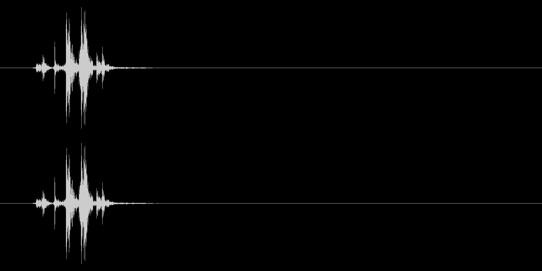 カメラ インスタント01-08(構える)の未再生の波形