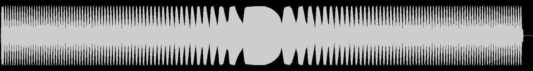 キ〜ン(かなり高音で不快な金属音)の未再生の波形