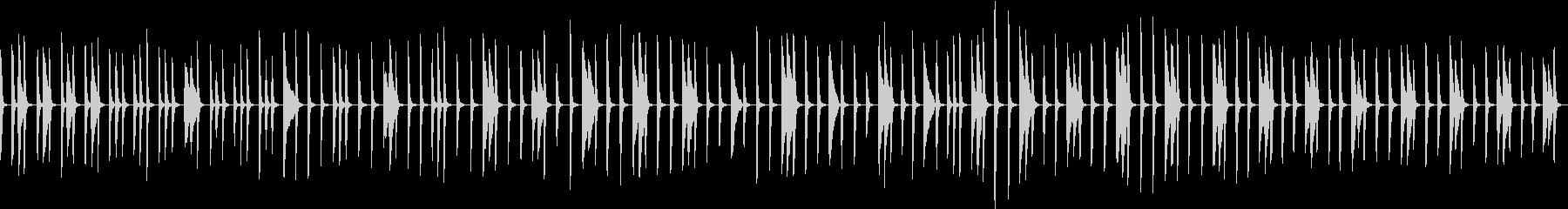 劇伴:ピアノが一定のリズムでゆっくり刻むの未再生の波形