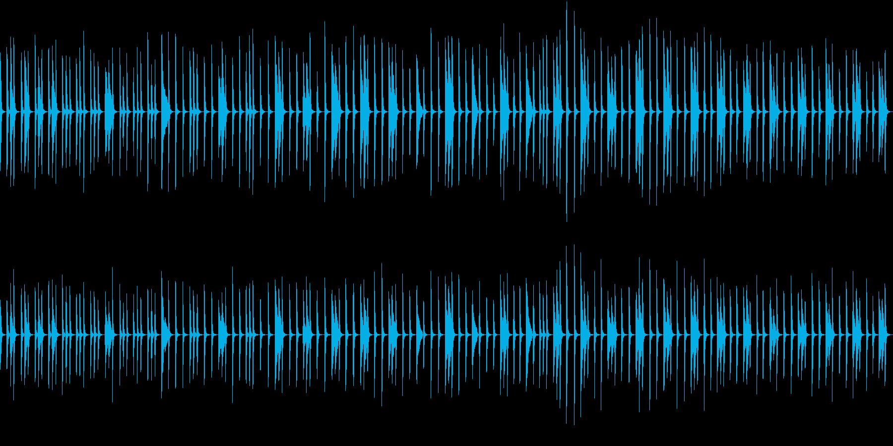 劇伴:ピアノが一定のリズムでゆっくり刻むの再生済みの波形