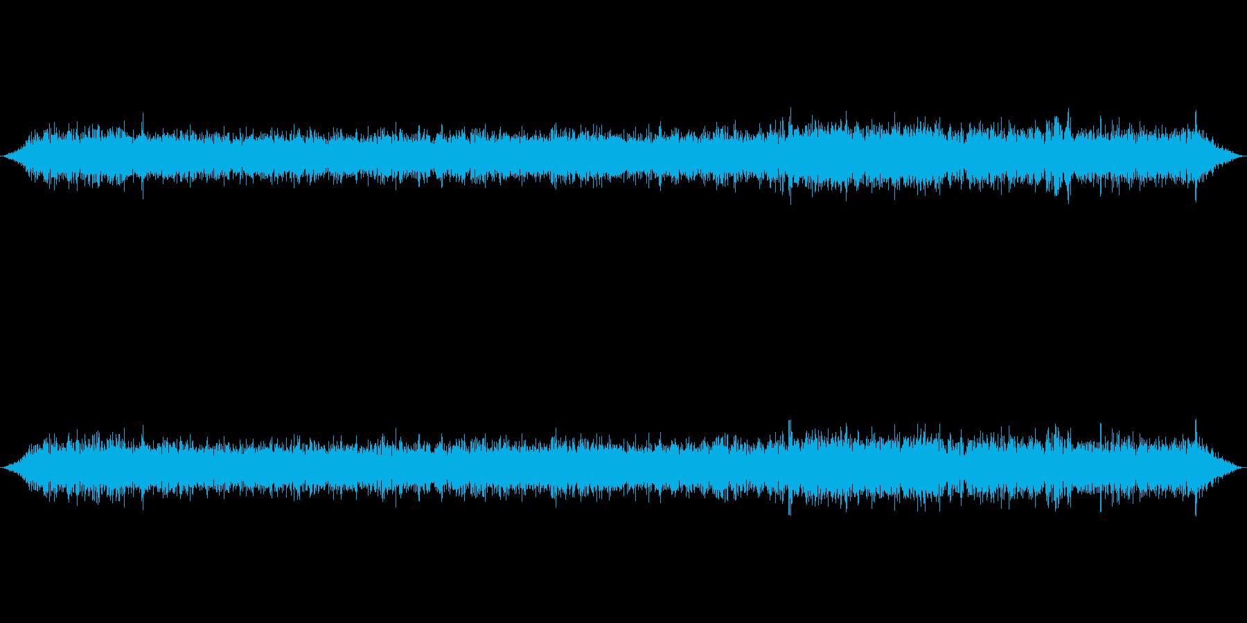 新幹線のぞみ車内音通常の再生済みの波形
