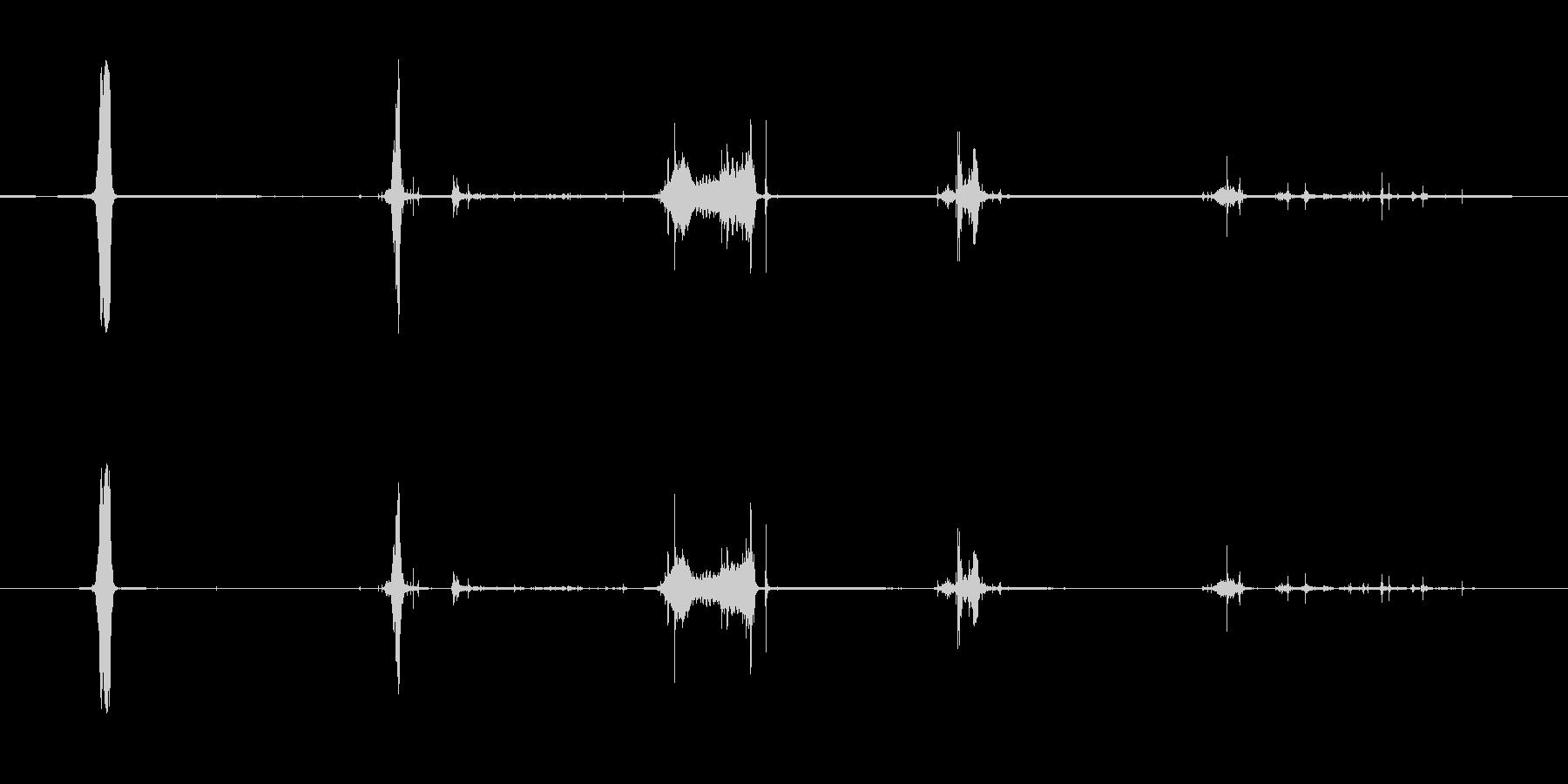 ペーパーカッター、マニュアル、オフ...の未再生の波形