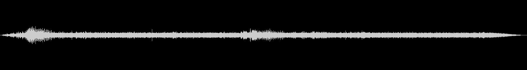 【自然音】渓谷の音(八丈島)の未再生の波形