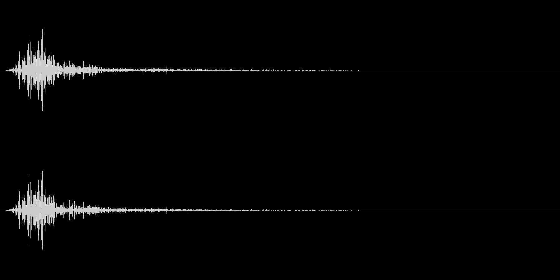 アクションの衣擦れ-01の未再生の波形