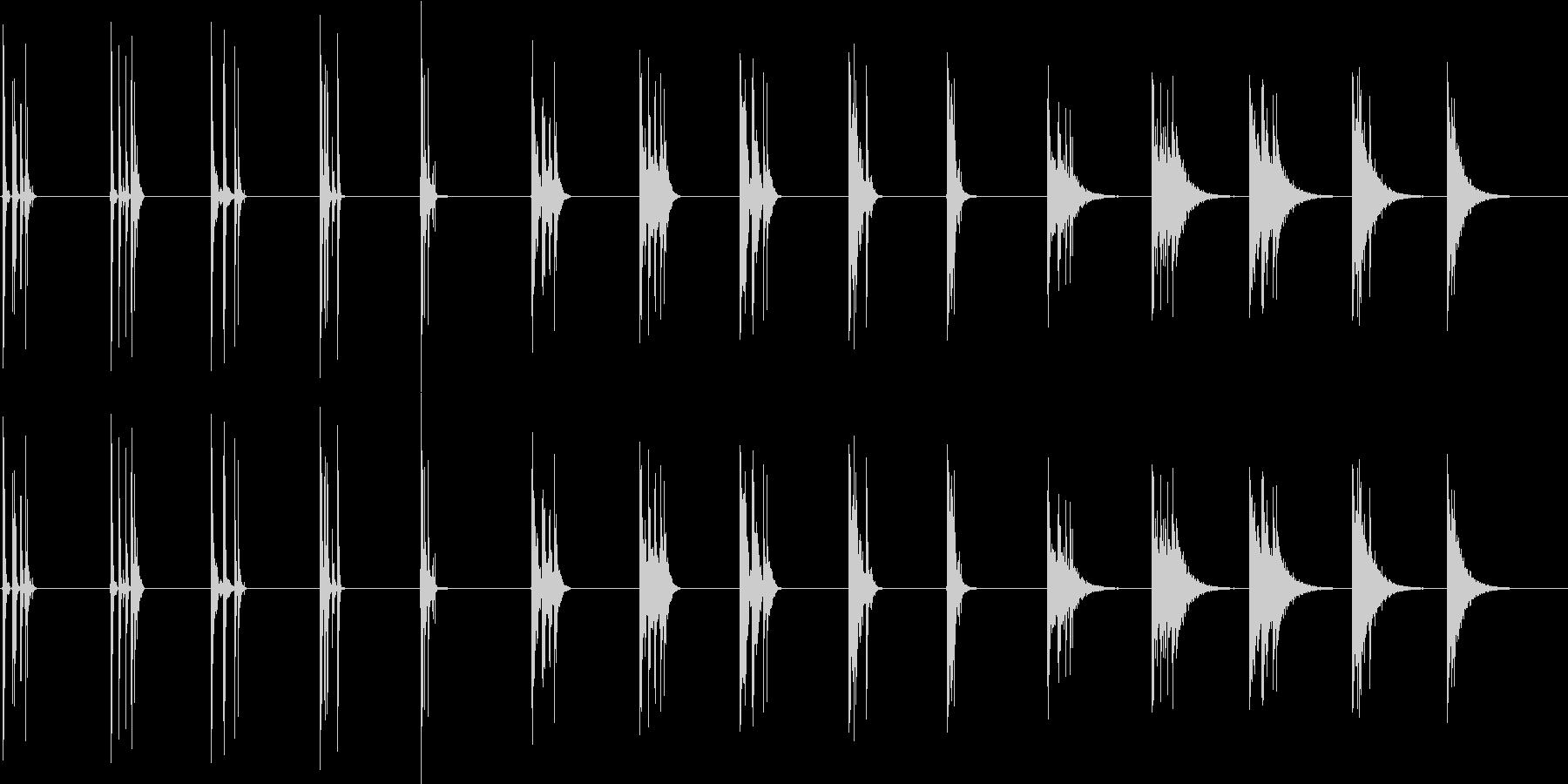 木を切る-5つのバージョンX 3ス...の未再生の波形