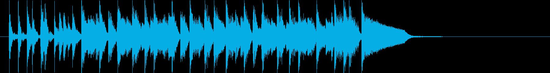 クールなジャズピアノとドラムのイントロ曲の再生済みの波形
