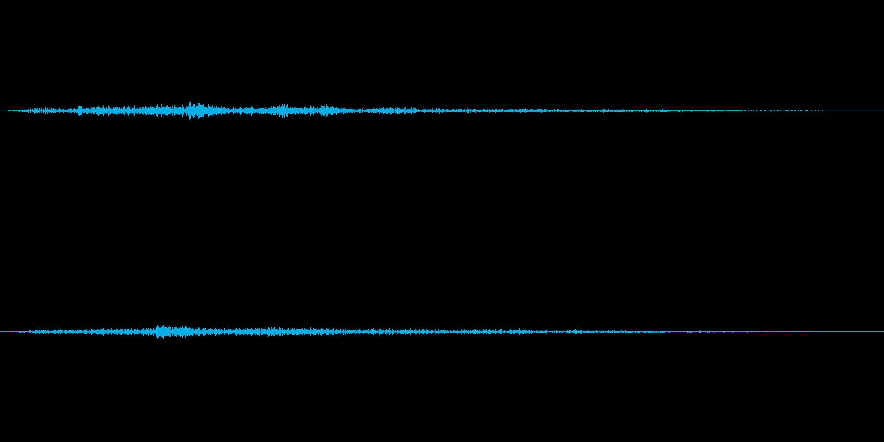 観客の笑い声(クスクス)の再生済みの波形