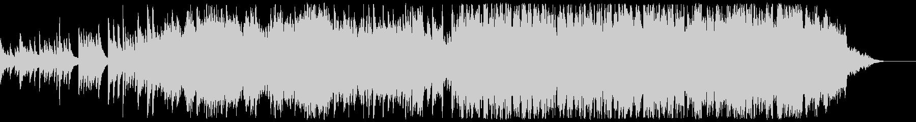 ソロのピアノと弦が他のオーケストラ...の未再生の波形