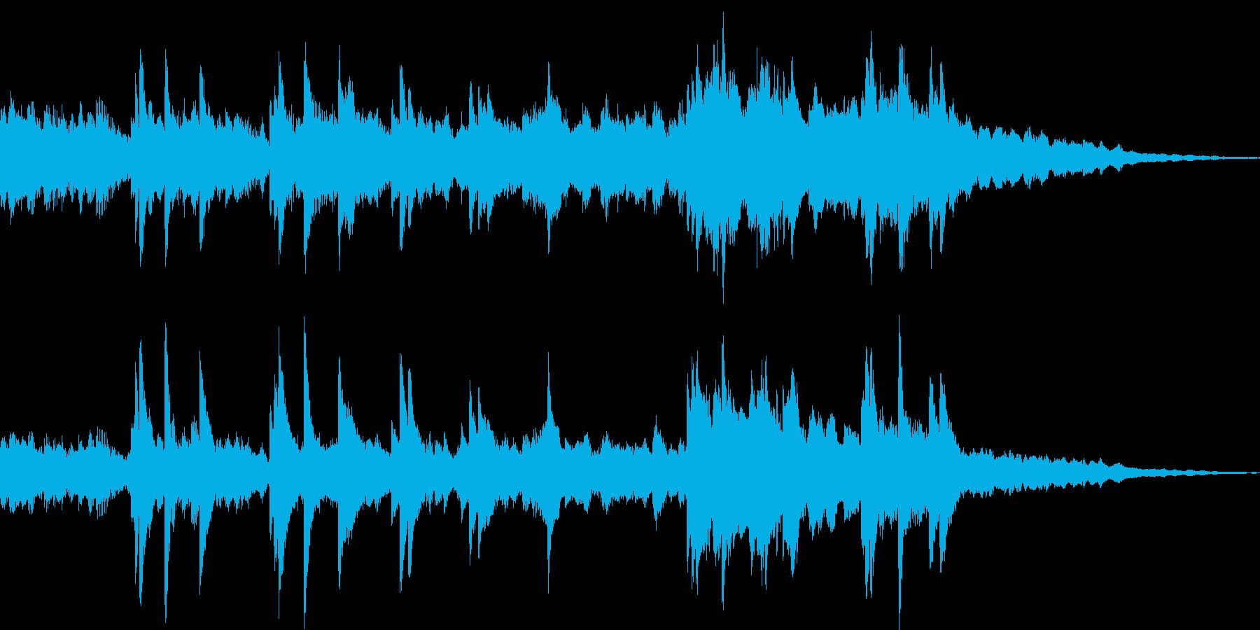 ピアノの音色が重なる美しいインストの再生済みの波形
