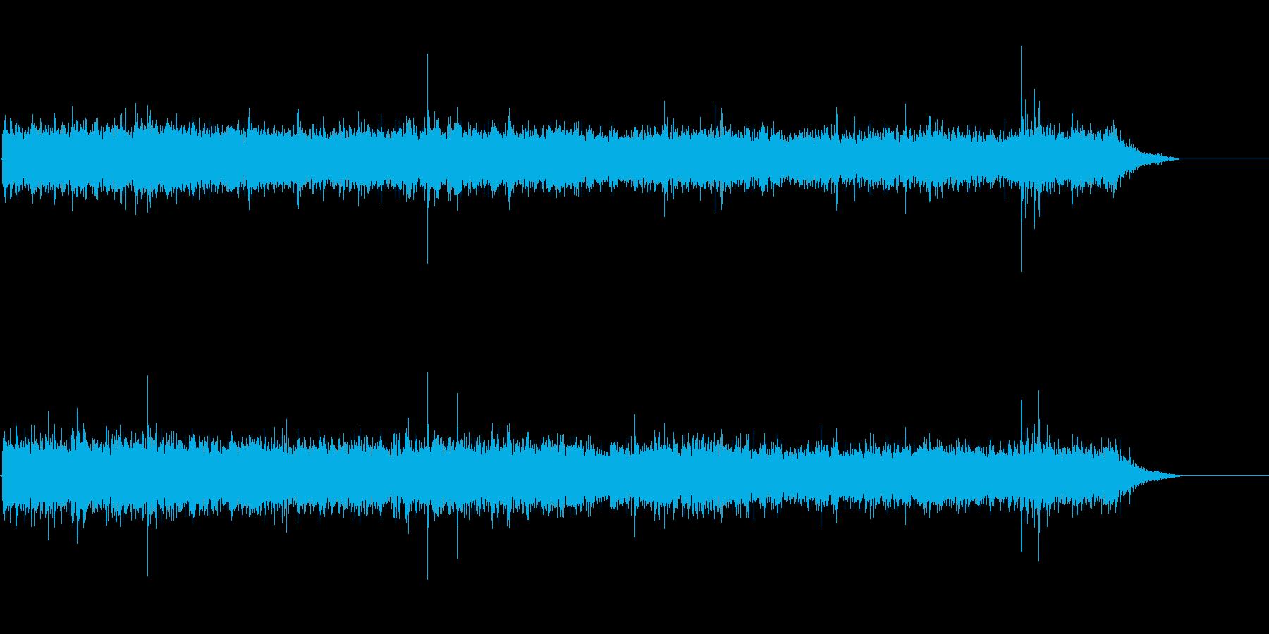 ザーッ+ぱらぱら(雨の音)の再生済みの波形