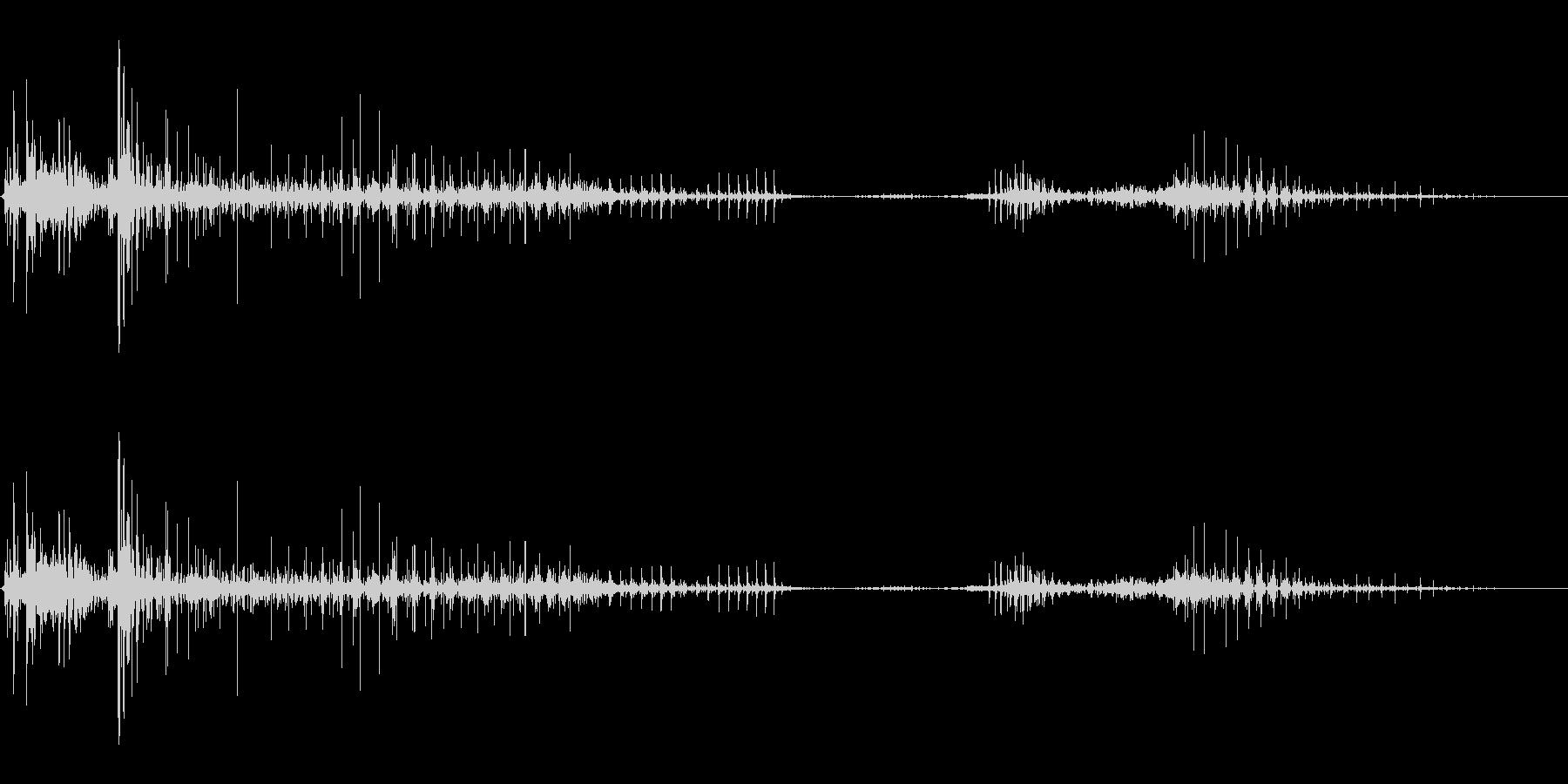 サイボーグまたはクリーチャーの突然...の未再生の波形